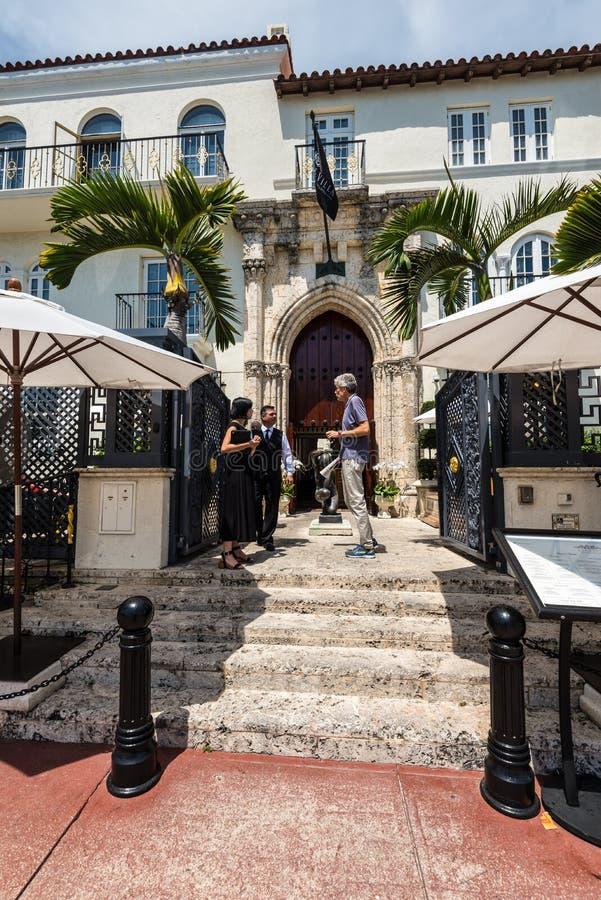 Особняк Versace на приводе океана В 1997 мир задушенный как Gianni Versace был снят к смерти на пороге его Майами стоковое фото