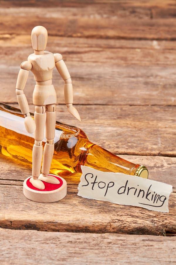 Остановите выпить и станьте думающ стоковые изображения