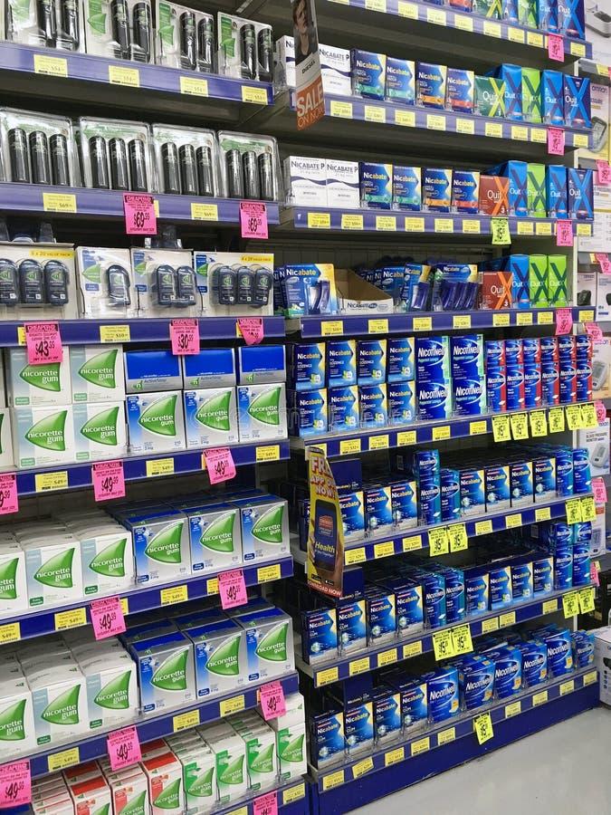 Остановите курить продукты в фармации стоковые изображения rf