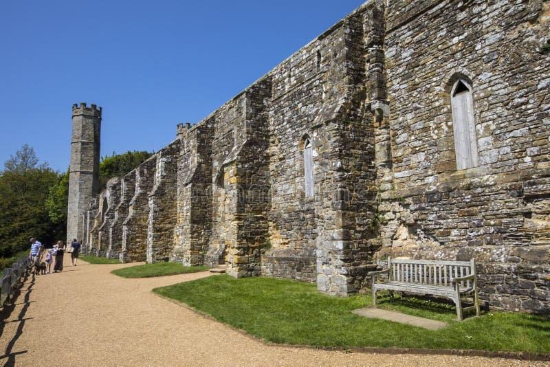 Остатки аббатства сражения в восточном Сассекс стоковое фото