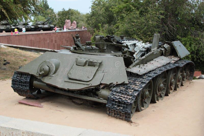 Остатки боевого танка T-34 стоковая фотография