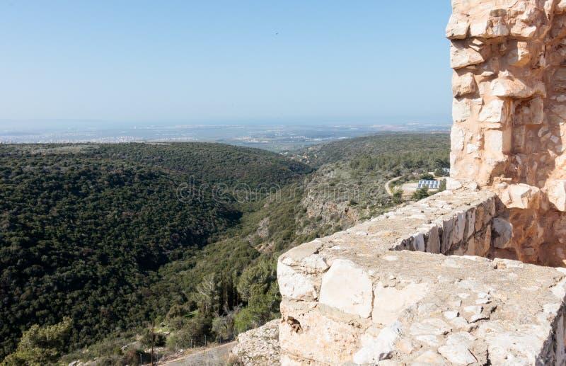 Остатки стен и зданий в крепости Yehiam стоковая фотография