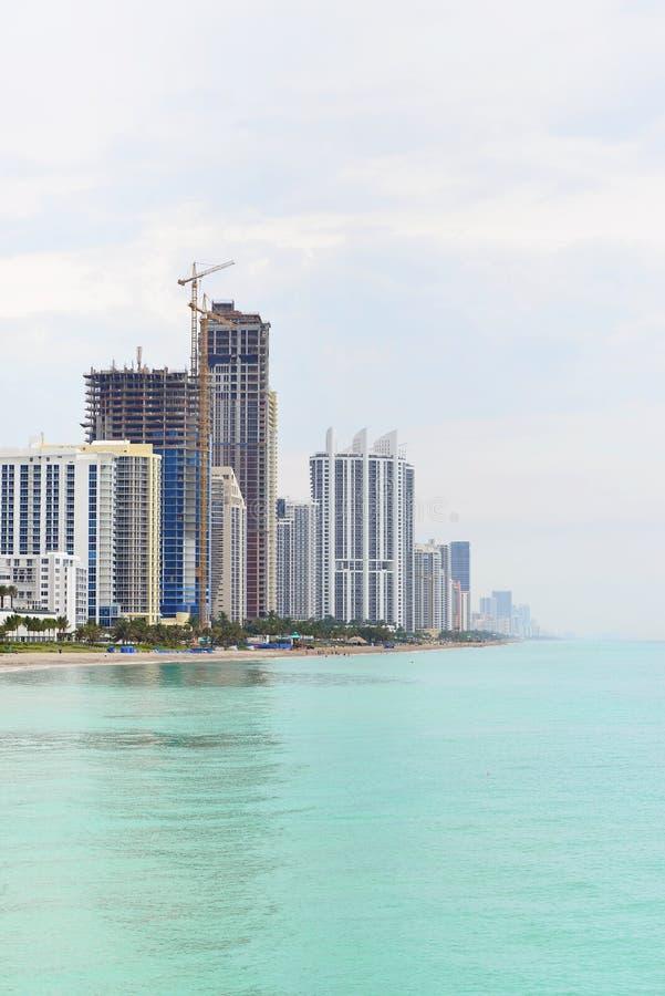 Download острова пляжа солнечные стоковое фото. изображение насчитывающей baxter - 41655514