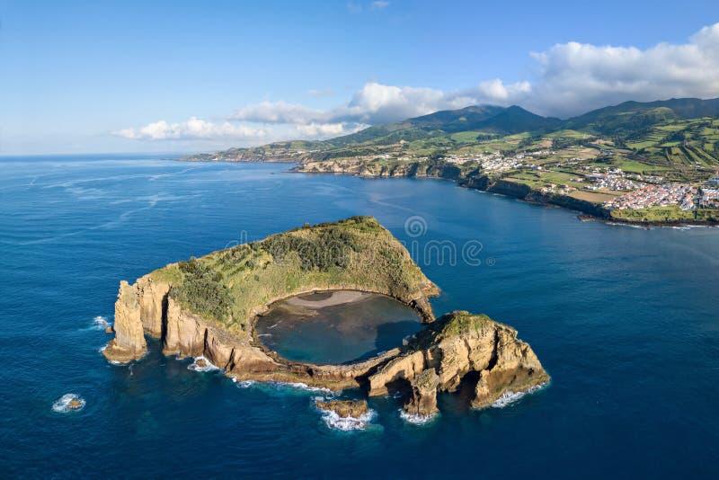 Островок Vila Franca делает Campo, Азорские островы, Португалию стоковые фотографии rf