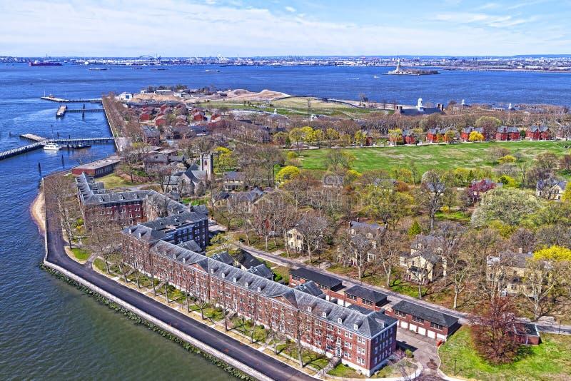 Остров губернаторов в верхнем заливе Нью-Йорка стоковая фотография rf