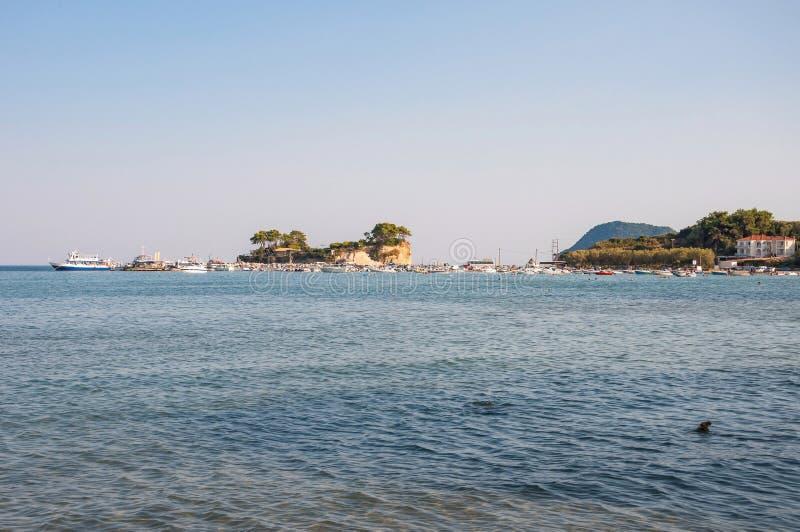 Остров камеи и порт Sostis ажио на Закинфе стоковое изображение rf