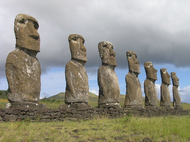 остров пасхи akivi ahu стоковое фото