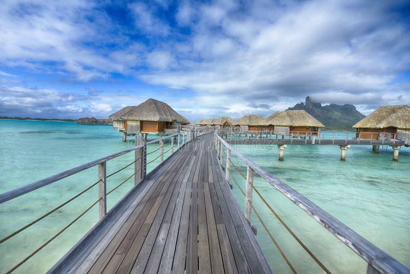 Остров рая Bora-Bora идилличный стоковая фотография