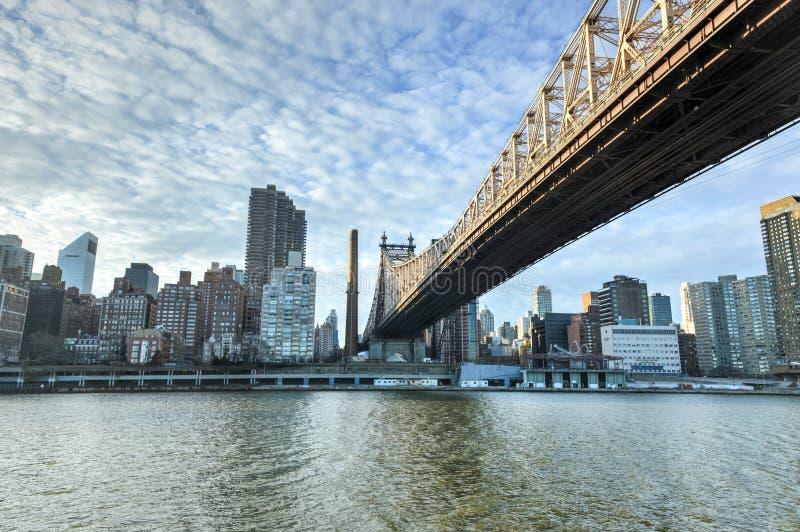 Остров Рузвельта и мост Queensboro, Манхаттан, Нью-Йорк стоковые фото