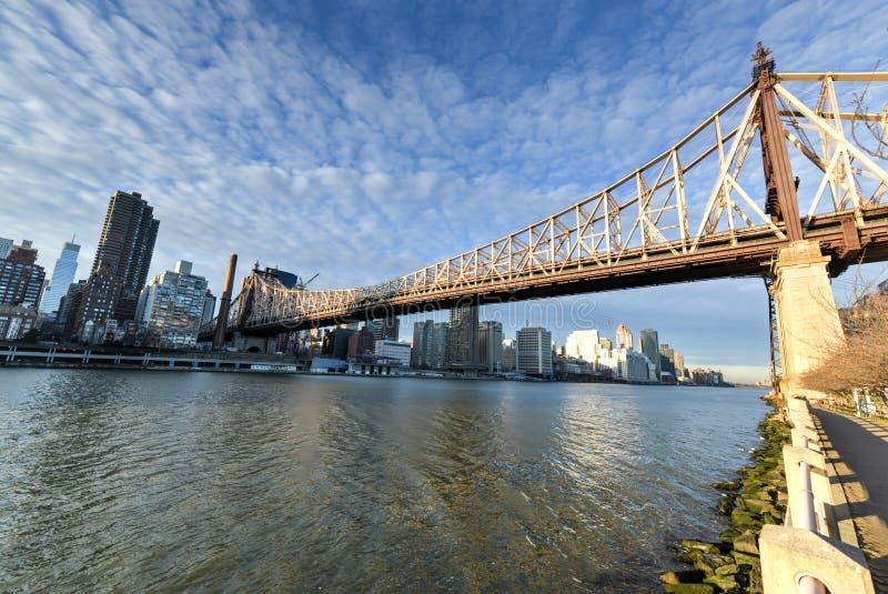 Остров Рузвельта и мост Queensboro, Манхаттан, Нью-Йорк стоковая фотография rf