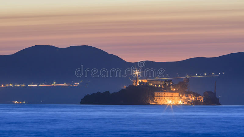 Остров дьявола - Alcatraz на Сан-Франциско стоковое фото rf