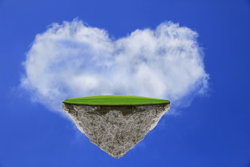 Остров Flating с полем зеленой травы на голубом небе против облака формы сердца стоковые фото