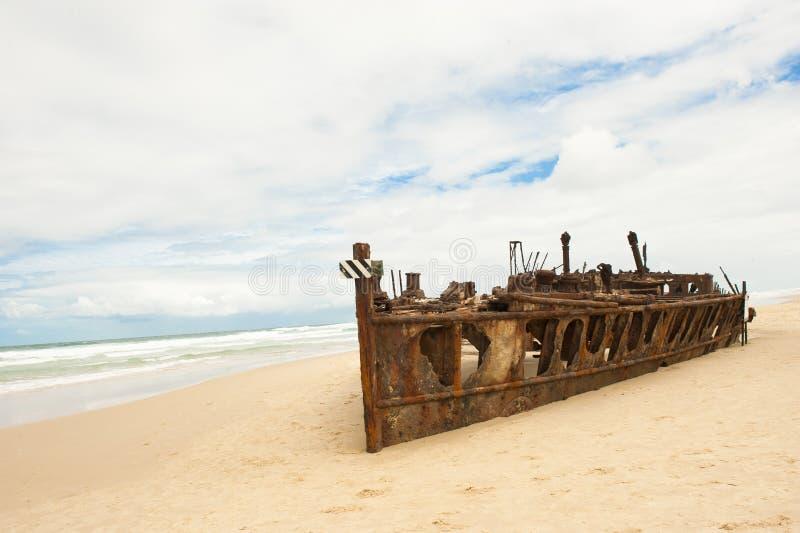 Остров Fraser кораблекрушением Maheno стоковое изображение