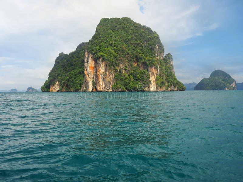 Остров Hong, национальный парк Phang Nga, Krabi стоковая фотография rf