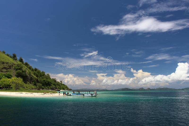 Остров Kelor, Komodo, Индонезия стоковое фото