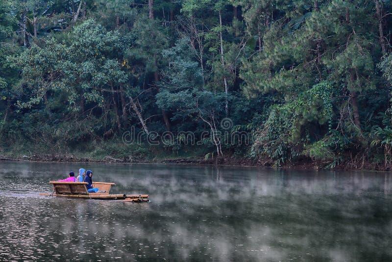 остров phuket сплавляя реку Таиланд стоковая фотография rf