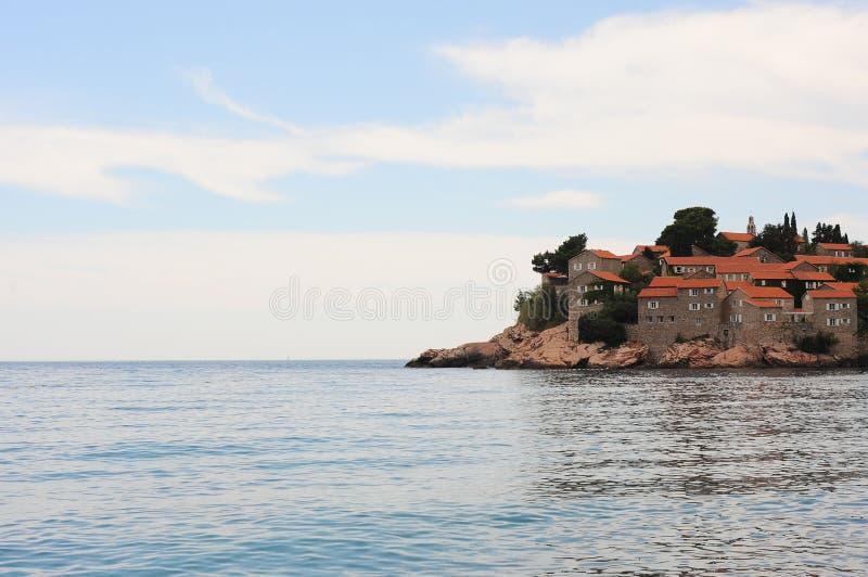 Остров St Stephen на Адриатическом море, Черногории, Европе стоковые фотографии rf