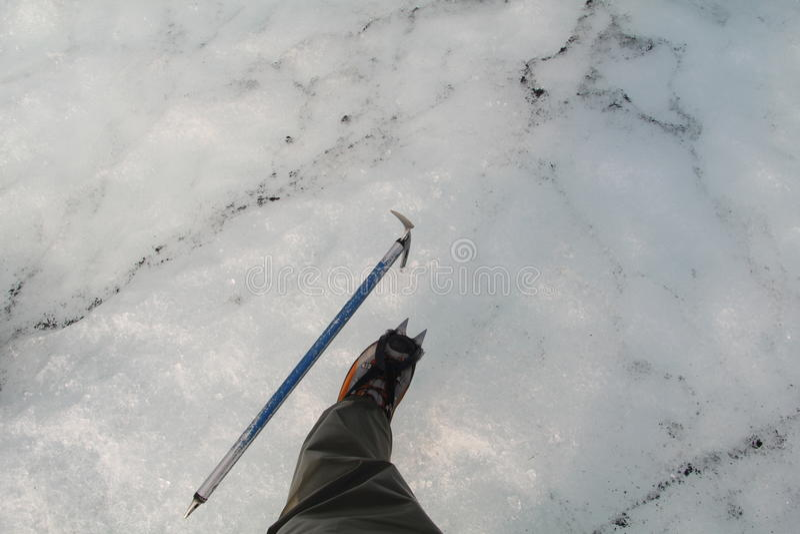 Ось Crampon и льда стоковые фото
