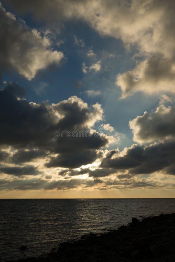 Отверстия в небе стоковое изображение