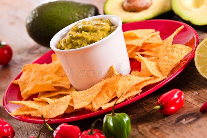 откалывает nacho guacamole стоковые фотографии rf