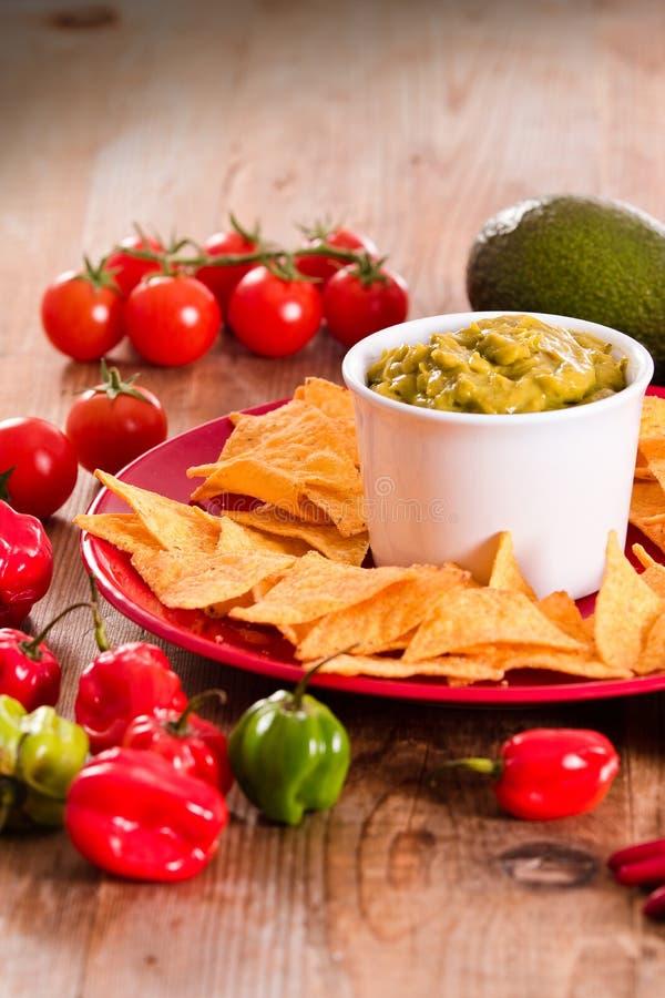 откалывает nacho guacamole стоковое изображение rf