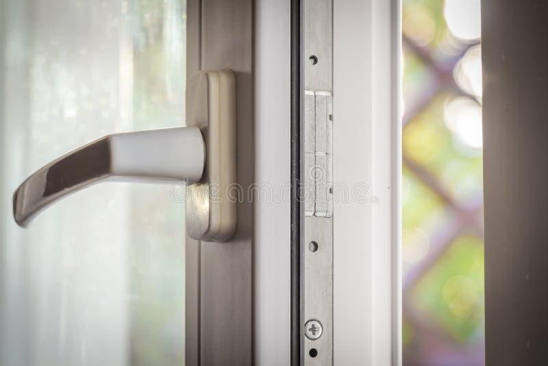 открытое окно стоковое изображение