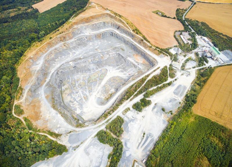 Открытый - шахта бросания стоковая фотография rf