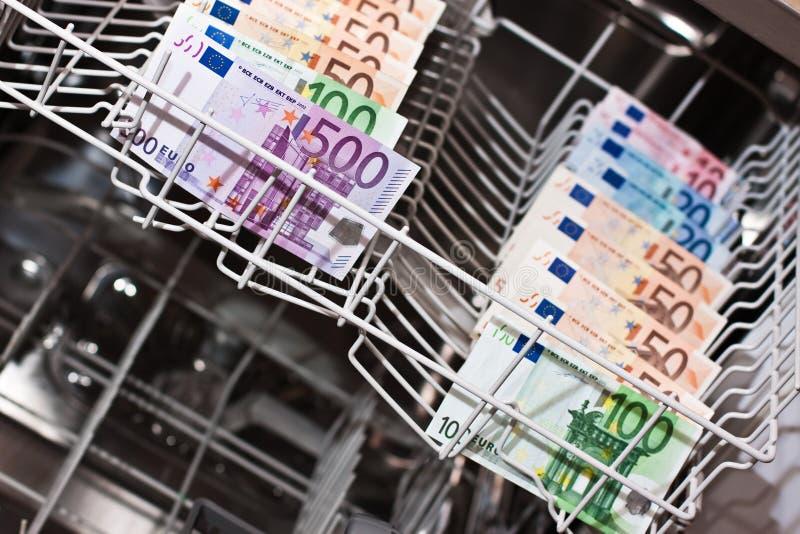 Отмывание денег с euronotes стоковая фотография