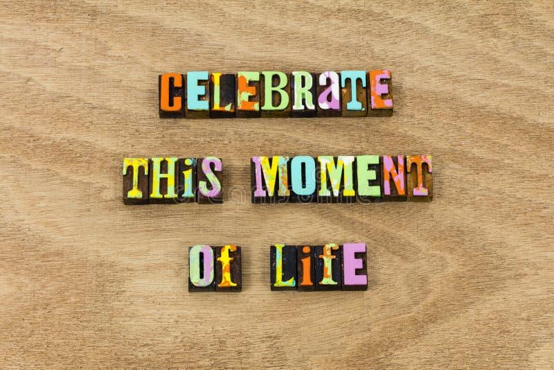 Отпразднуйте приглашение в реальном маштабе времени успеха времени любов жизни момента стоковое фото