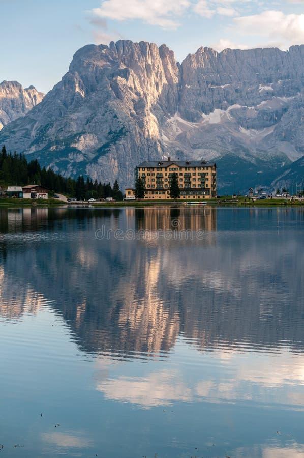 Отражения в озере Misurina стоковое фото