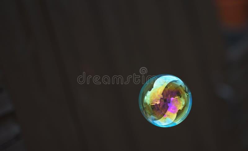 Отражения в пузыре стоковое изображение