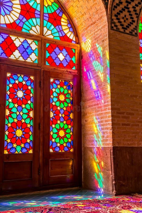 Отражения мечети al-Mulk Nasir красочные стоковая фотография