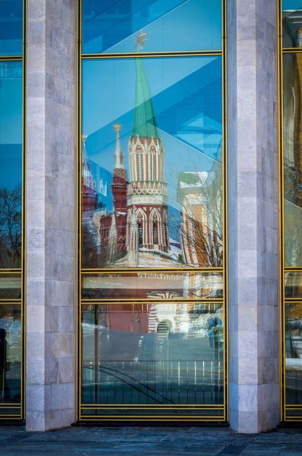 Отражения окна в Кремле стоковые изображения rf