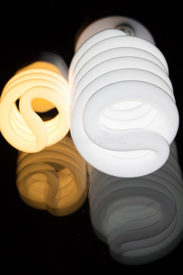 Отраженные электрические лампочки стоковое фото rf