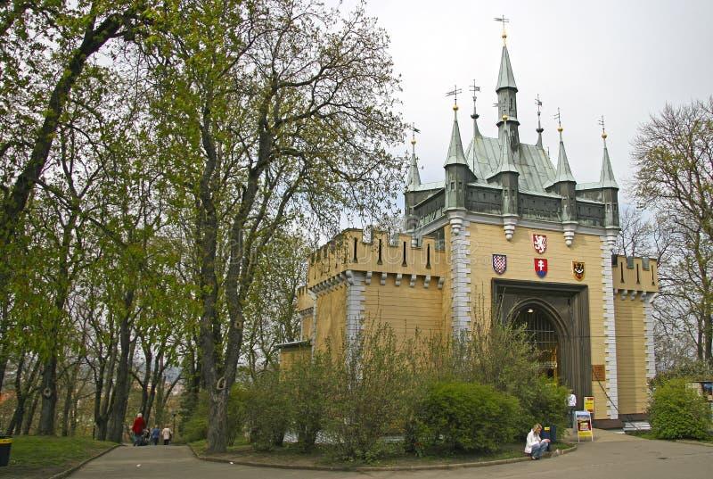 Отразите лабиринт на холме Petrin в Праге, чехии стоковые фотографии rf