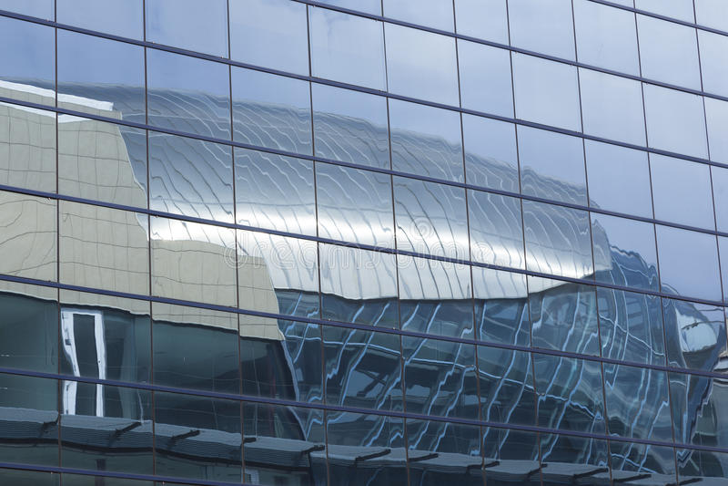 Отразите здания, Севильи стоковые фото