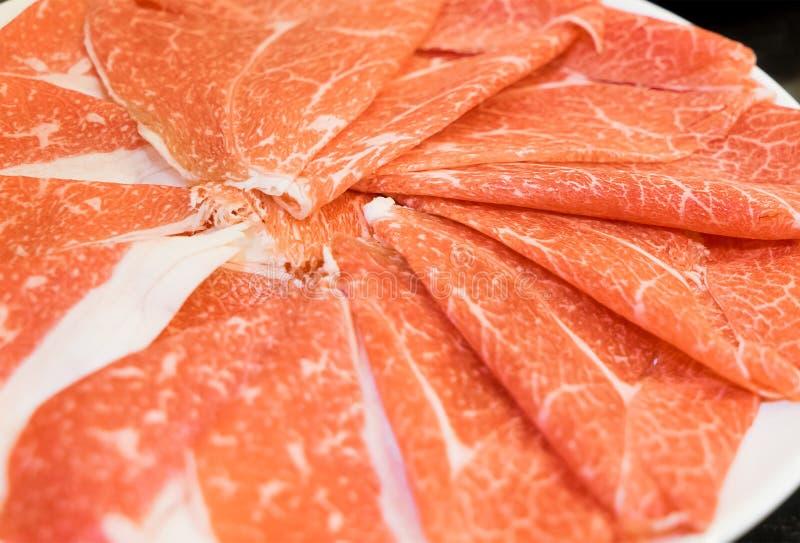 Отрезанная говядина для Shabu Shabu Sukiyaki стоковые изображения