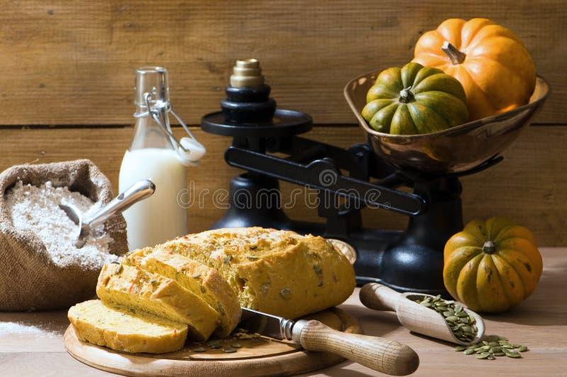 отрезанное семя тыквы хлеба стоковая фотография