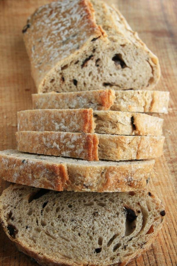 Download отрезанный хец хлеба стоковое фото. изображение насчитывающей еда - 6866306
