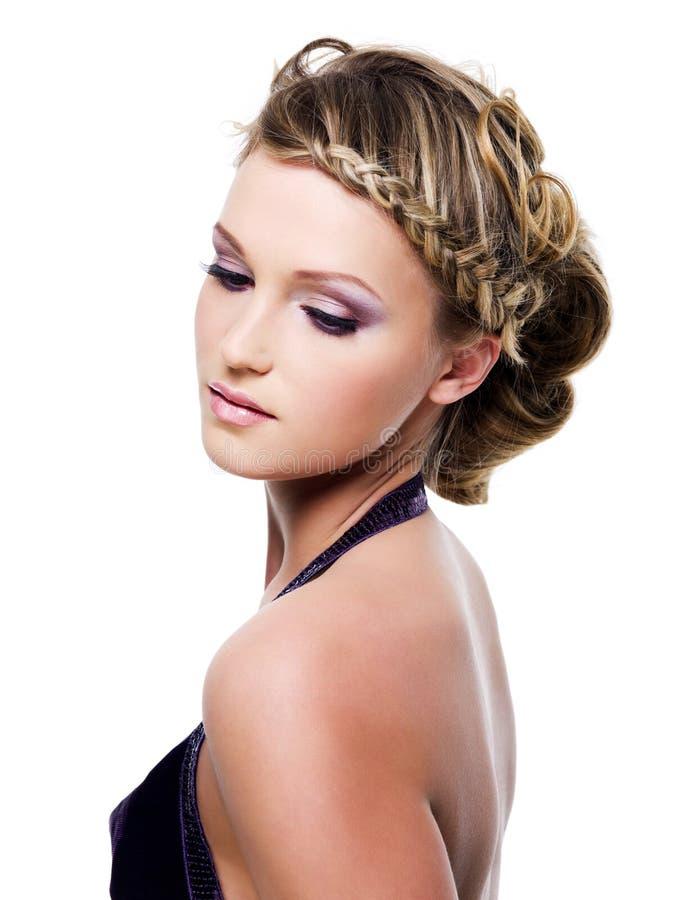 отрезки провода стиля причёсок красотки стоковое фото