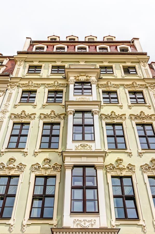 Отстраиванные заново здания в Дрездене стоковое изображение