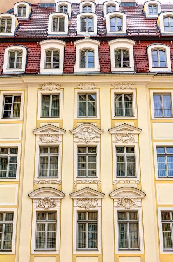 Отстраиванные заново здания в Дрездене стоковая фотография rf