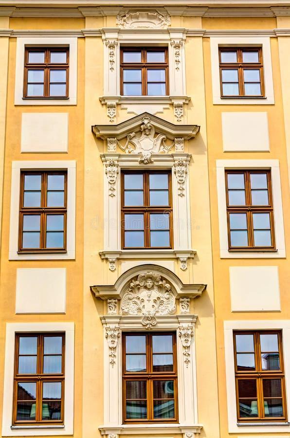 Отстраиванные заново здания в Дрездене стоковые изображения rf
