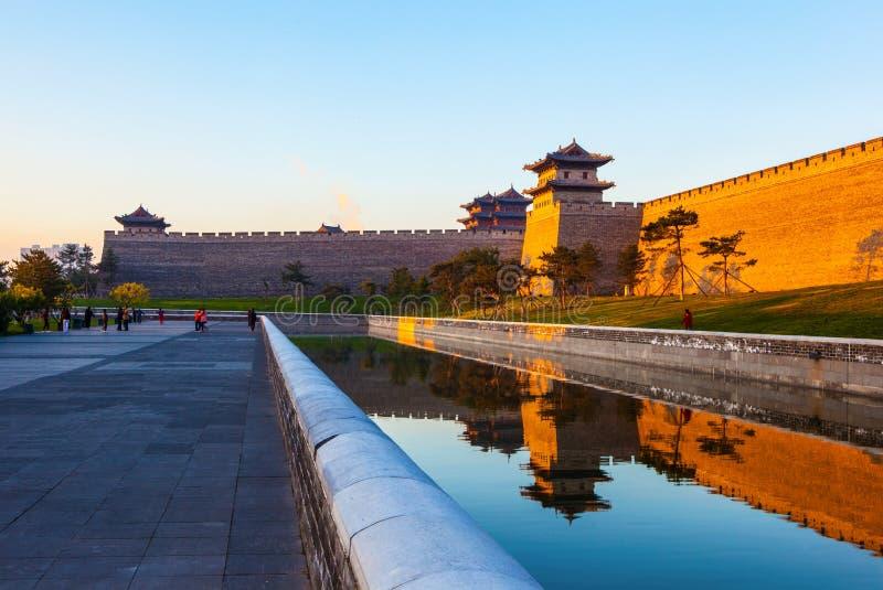 Отстраивать стена города Datong. стоковые изображения