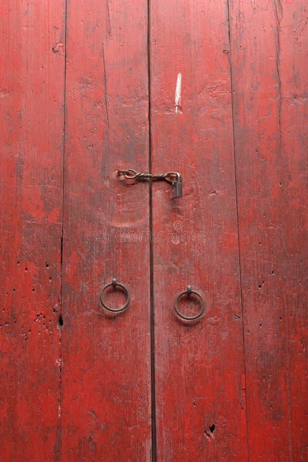 отстробируйте красную древесину стоковая фотография rf