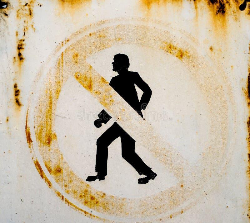 Отсутствие знака пешеходов стоковое фото