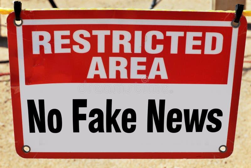 Отсутствие поддельных новостей стоковое изображение rf