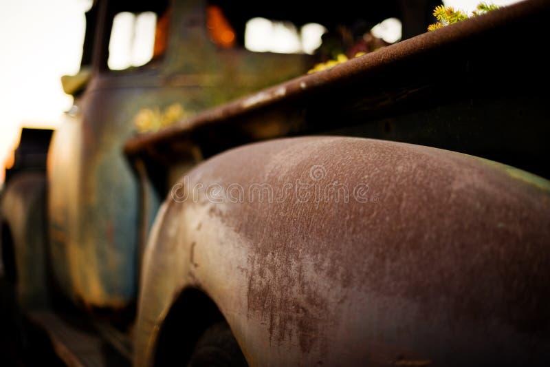 отсутствие старых ржавых окон тележки стоковое фото rf