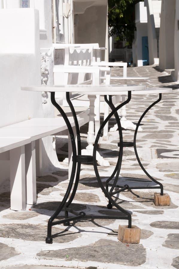 Отсутствие шатких таблиц в Naoussa стоковые фото