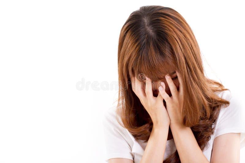 Отчаянная, унылая, несчастная, разочарованная, безвыходная женщина стоковое изображение rf